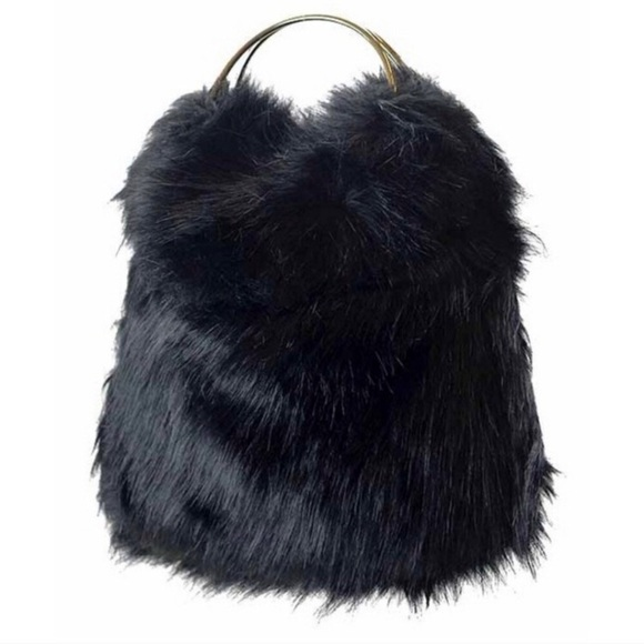 Tantalyzn Apparel Handbags - Last🔥Designer Faux Fur Handbag
